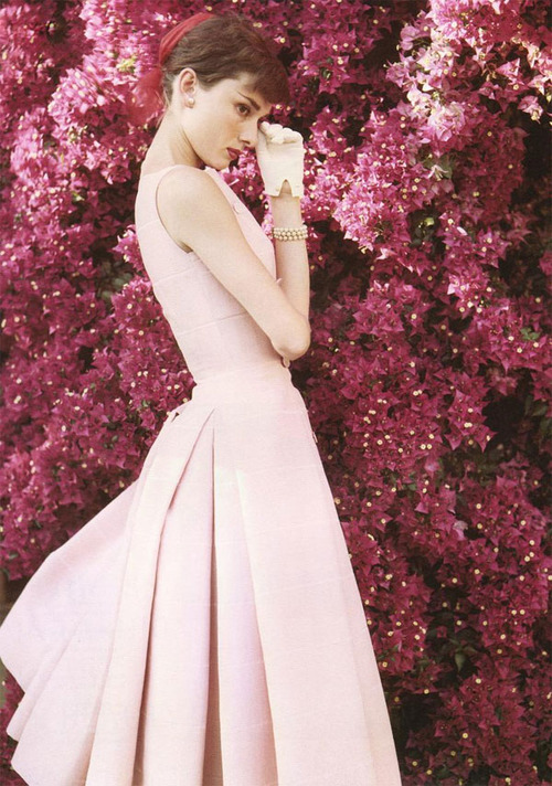 audrey-hepburn-dress-pink-favim-com-573204