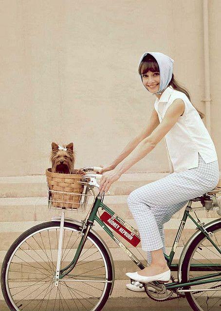 Audrey Hepburn en bici
