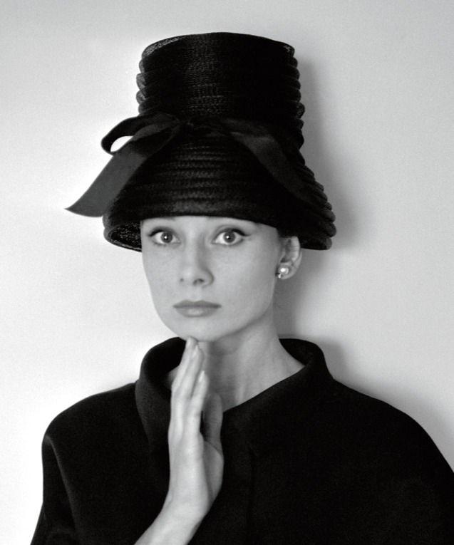 Audrey Hepburn sombrero