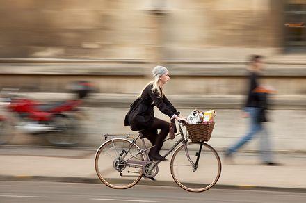 circulando en bicicleta
